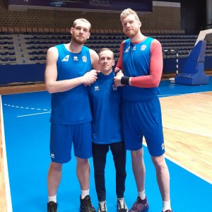 Valdimar and the two tallest men in Iceland